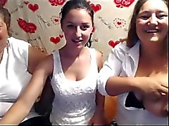 3 generations of latinas on cam