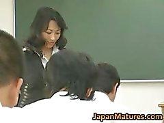 Natsumi Kitahara ass licks her guy part3
