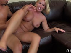 Big breasted blonde mom Mellanie Monroe is craving for a hard pounding