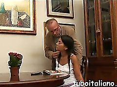 Francesca si fa toccare dal Papy