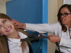 Hot Francesca Le shows Emily Addison some discipline