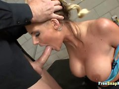 Busty MILF Phoenix Marie rides good
