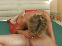 Mature slut gets pounded