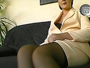 Milf loves playing toys with her pussy