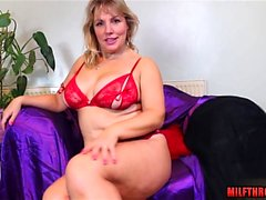 Shaved pussy milf sex with cumshot