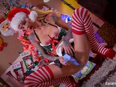Sarah Jessie Christmas Masturbation