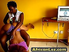 Hot African lesbians Jojo & Akua fuck in the bedroom