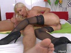 Vanessa Hell FACIAL Milf handjob blowjob in the bedroom.