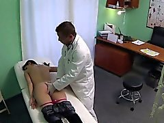 FakeHospital Doctors talented digits make MILF squirt