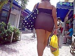 Very Sexy Short Skirt Arround Big Ass