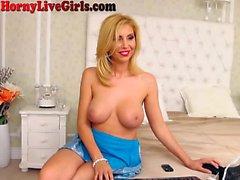 Hot Milf Webcam Girl Fists Her Ass