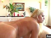 Cinthia gets her pussy slammed hard