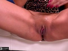 BANG Real MILFs Latina Mercedes Carrera gives a sloppy bj