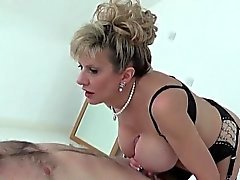 Cheating uk milf lady sonia exposes her heavy melons