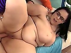Big Titty plumper Lyla Everwett gets fuc - Find her on BBW-C