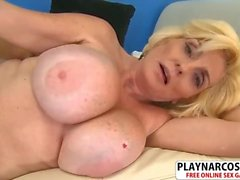 Lush Step Mom Missy Thompson Gets nailed Good Touching Son's Friend