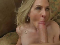 Milf Angela Attison wraps her lips round a stiff cock