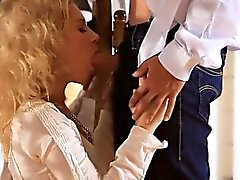 Man nails two hawt angels