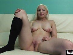 Blonde chick reveals her sexy body