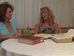 Busty teen and mom do strapon sex