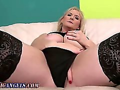 Mature stocking milf fingering