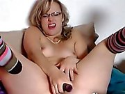 Amateur step mom masturbate and squirt for cam