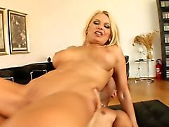 Slutty blonde mom Vinnie has two hung guys pounding her holes at once