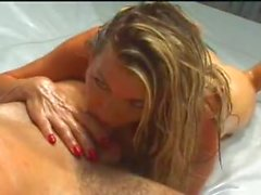Vicky Vette Mixed Oil Fight