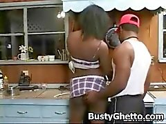 Afro Juicy Babe Licked In Pussy